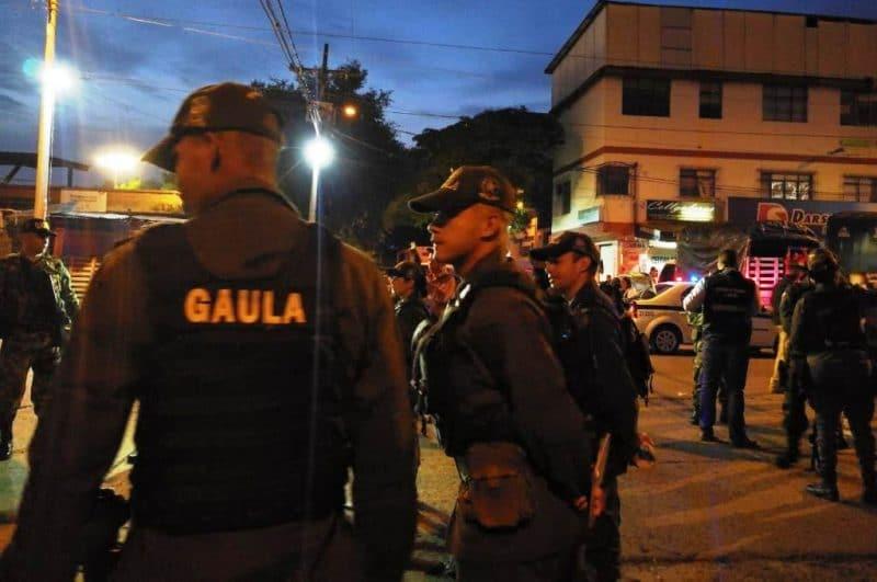 Agentes del Gaula incentivan a comerciantes de Santa Elena a denunciar irregularidades