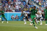 En el último minuto, Arabia le ganó el duelo de eliminados a Egipto