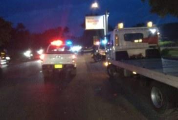 Motociclista muere arrollado en la vía Cali-Candelaria