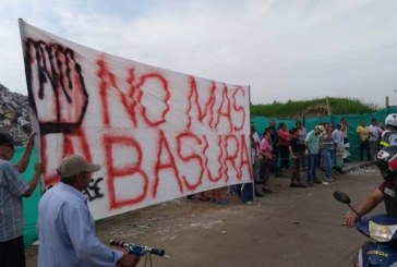 Habitantes de la escombrera vuelven a protestar por situación ambiental