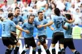 Uruguay goleó a los locales y se clasificó primero del Grupo A