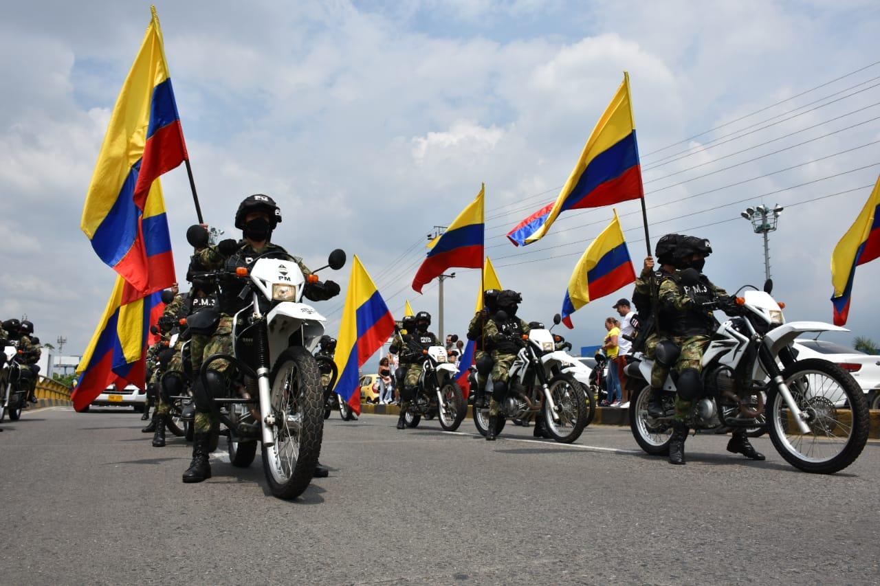 Barrio 7 de agosto conmemora bicentenario de la Independencia de Colombia