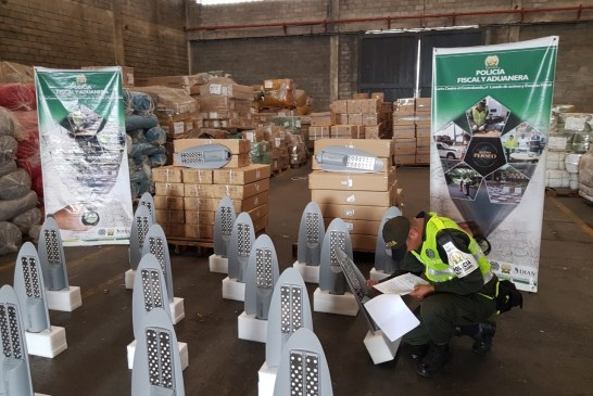 Policía incautó 180millones de pesos en mercancías de contrabando en Buenaventura