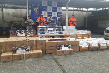 Incautada en Buenaventura, mercancía de contrabando valorada en 500 millones