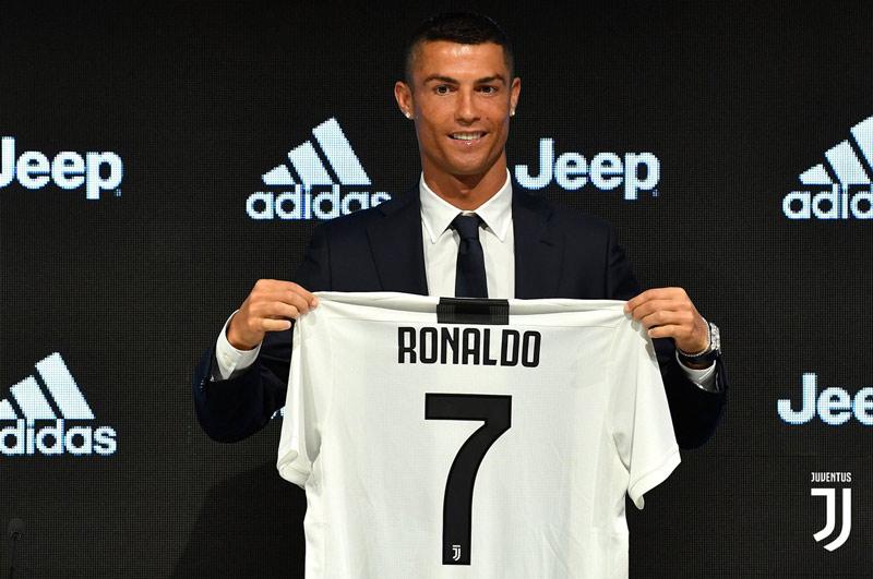 Clubes italianos gastan €875 millones en fichajes para buscar reinar en Europa