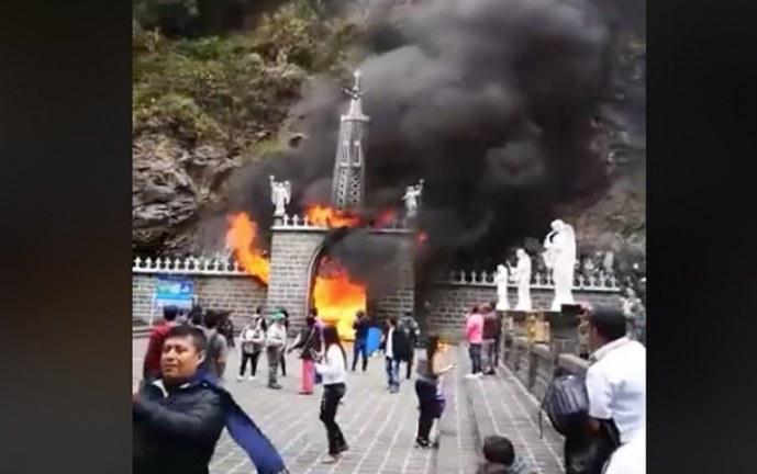 Incendio en cuarto de veladoras provocó pánico a visitantes del Santuario de las Lajas
