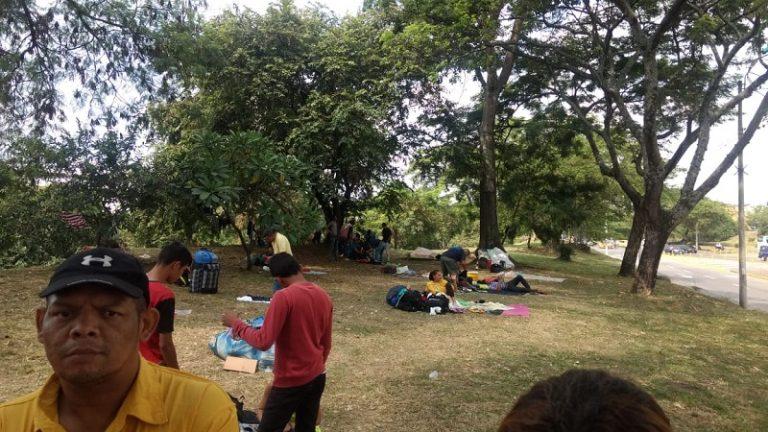 Así se retirarán los venezolanos que acampan cerca de la Terminal de Cali