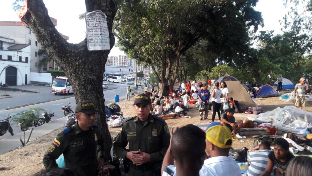 Autoridades desalojarán campamentos de venezolanos en Cali el próximo martes