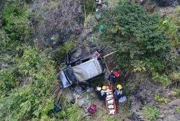 Cuatro personas lesionadas deja accidente de tránsito en vía Yumbo – La Cumbre