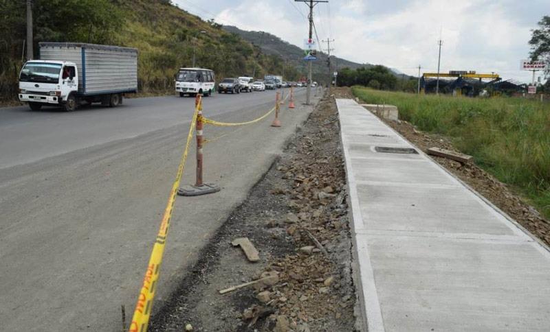 Doble calzada en la antigua vía Cali-Yumbo, se encuentra en proceso final de ejecución