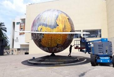 Con el arte de Big Sleeps, recuperan escultura 'Saturno' de Biblioteca Departamental