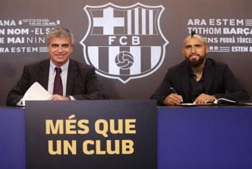 Arturo Vidal es presentado oficialmente como refuerzo del Barcelona de España