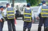 Agente de tránsito multa a mujer que aprendía a conducir con instructor en Buenaventura