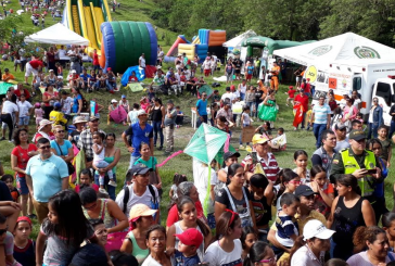Cartago brilló con la feria multicolor del séptimo festival del viento y la cometa
