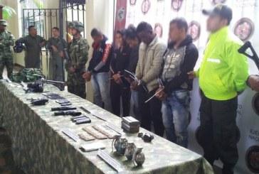 Ejército desarticuló Comisión Armada de disidentes de Farc en Buenos Aires, Cauca
