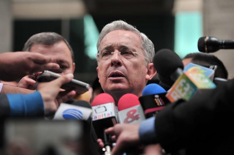 Expresidente Uribe se retracta y pide que no consideren su renuncia al Senado