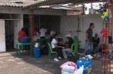 Evacúan a venezolanos asentados en albergue temporal en barrio La Independencia