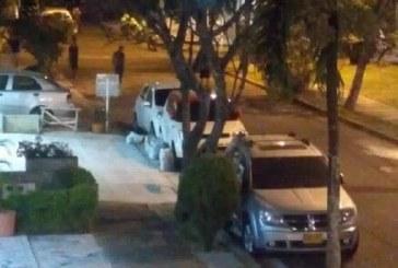 Balacera entre Policía y ladrones generó pánico en El Ingenio, una persona murió