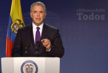 """""""Colombia ratificó la salud de su democracia. Consultamos a la sociedad y la sociedad habló. No más corrupción"""": Duque"""