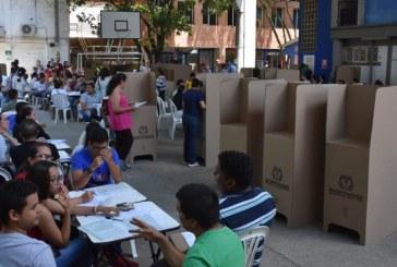 Poca afluencia de votantes en Consulta Anticorrupción, promotores invitan a las urnas