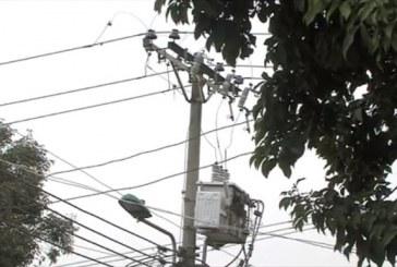 Según Emcali, sobrecarga por conexiones fraudulentas tienen a sector de Cali sin energía