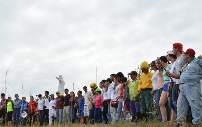 Vallecaucanos se unieron para sembrar 2.000 árboles en cerros de Cali y Yumbo