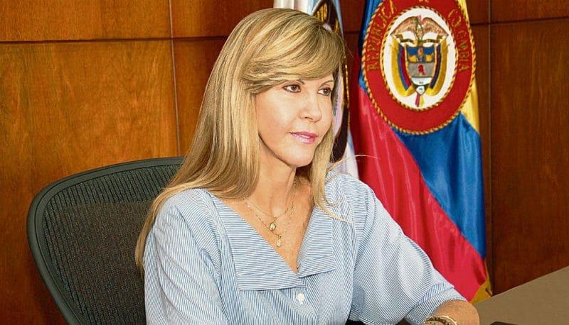 Gobernadora del Valle pidió al presidente Duque intervención inmediata a la malla vial del departamento