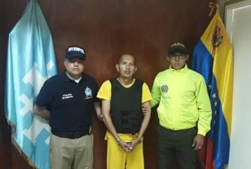 Ya está en Colombia 'El Lobo feroz', acusado de violar a más de 200 menores