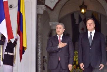 Presidente Iván Duque llegó este lunes a Panamá en su primer viaje oficial