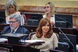 Juez procesa a expresidenta CFK por asociación de recaudo de coimas