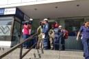 Una hora y 20 minutos estuvieron atrapadas tres personas en ascensor de Torre de Cali