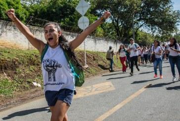 Galeria: Así avanzó marcha de estudiantes en Cali, en defensa de la Universidad Pública