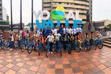 Más de 100 bicicletas fueron entregadas a niños y jóvenes en condiciones vulnerables