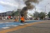 Estudiantes de Univalle bloquean el paso a esta hora en estación Universidades del Mío