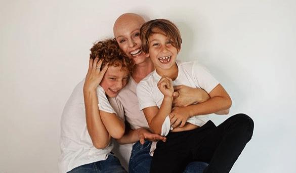 Claudia Bahamón apoya a mujeres con cáncer de seno con 'nueva apariencia'