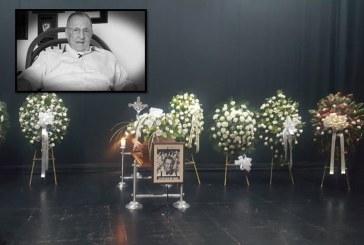 En el Teatro Jorge Isaacs, caleños le dan el último adiós a Enrique Colavizza