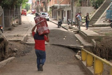 Cinco meses completó caído puente de acceso al barrio Alto Aguacatal, ladera de Cali