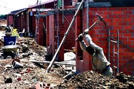 Investigan dos personas por presunta estafa con urbanizaciones ilegales