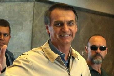 """Bolsonaro ataca a Biden y dice que hay que tener """"pólvora"""" para defender la Amazonia"""