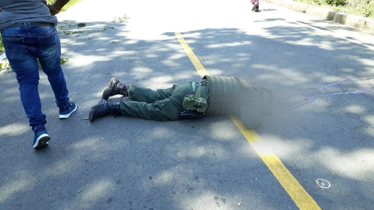Un policía muerto y dos heridos dejó ataque a patrulla en Suárez, Cauca