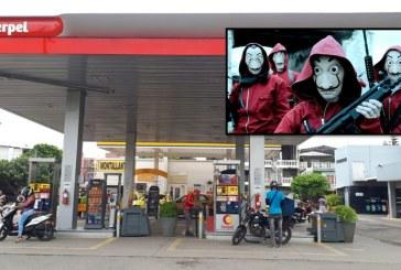 En medio de caravana de motos de Halloween, roban estación de gasolina en Cali