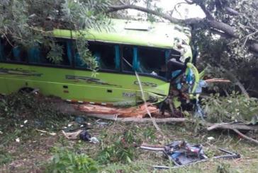 Un muerto y 19 niños porristas del Cauca lesionados tras accidente en Montería