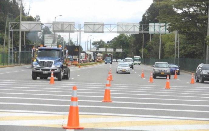 Autoridades en Cali, adelantan operativos a vehículos para control de gases contaminantes