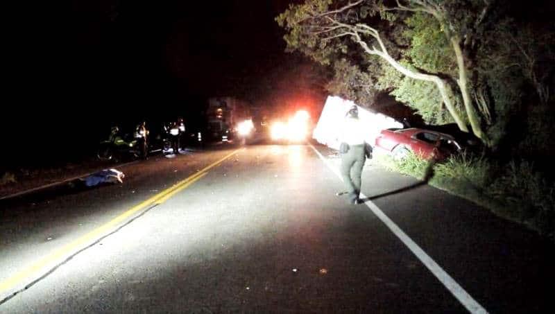 Un muerto y cinco heridos dejó aparatoso accidente en vía Yotoco - Mediacanoa, Valle