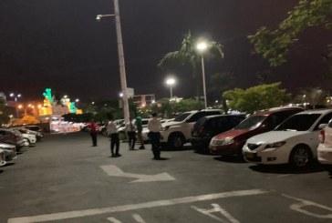 Asesinan a hombre en centro comercial del sur de Cali cuando salía del gimnasio