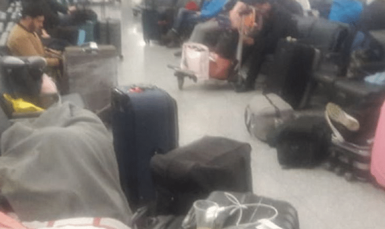 Bailarines caleños duermen en aeropuerto de Turquía tras estafa