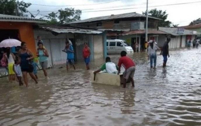Fuertes lluvias en Chocó dejan más de 3.000 familias damnificadas