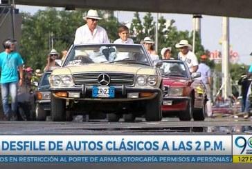 Hoy voy a: Los autos clásicos y antiguos de la Feria en manos femeninas