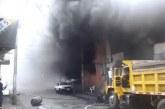 Fuerte incendio consumió edificación en Palmira en donde funcionaba una ferretería
