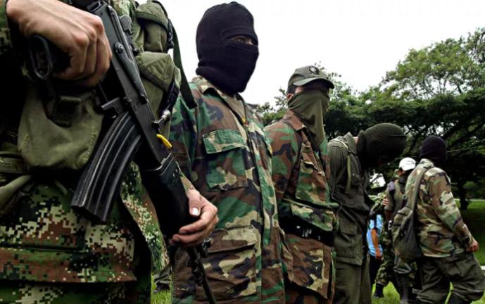 ONU denunció que combates entre Ejército y Farc tienen a más de 500 indígenas huyendo de las balas en el Cauca